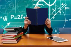 Différence entre accompagnement en psychopédagogie positive et soutien scolaire