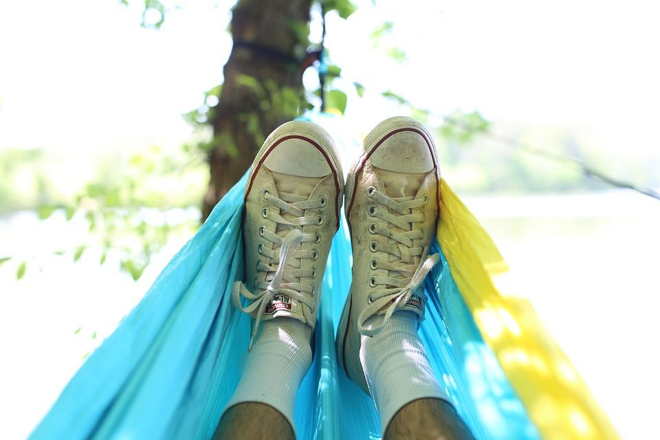 Stop aux cahiers de vacances, misez sur les apprentissages informelles !