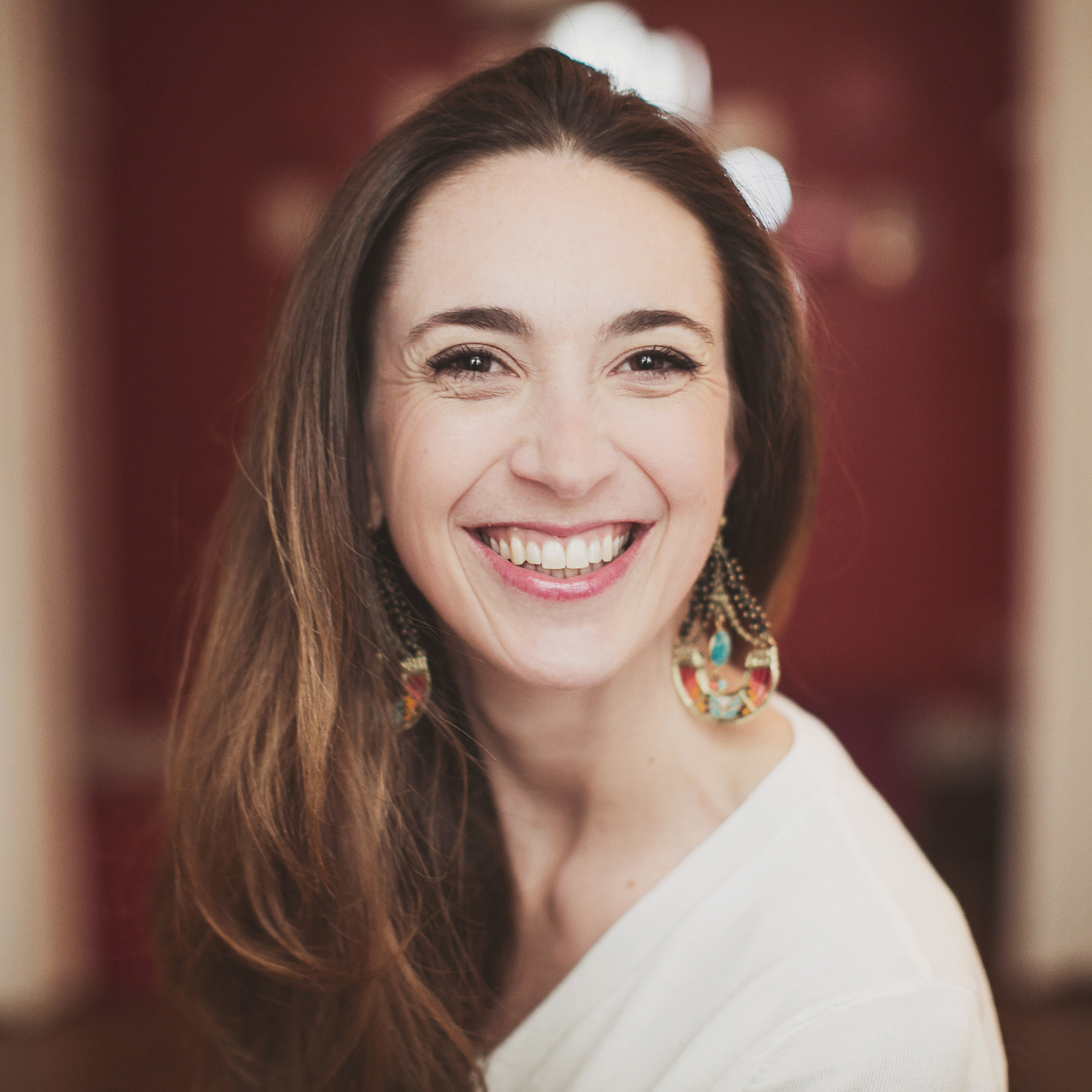 Ludivine Casilli - Praticienne en psychopedagogie positive et hypnotherapeute
